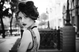 Dame im Vintage-Stil