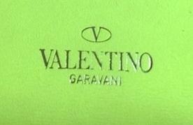 ways to tell fake vs genuine Valentino Rockstud