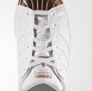 Adidas SuperStar fake vs real