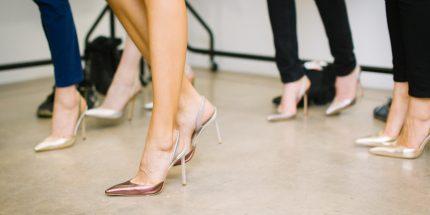 Diese Metallic-Schuhe lieben alle Fashionistas