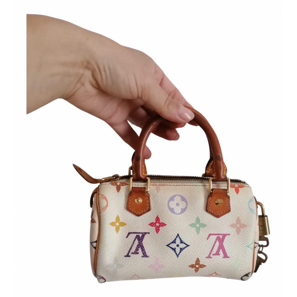 Pre-loved trends: micro bag